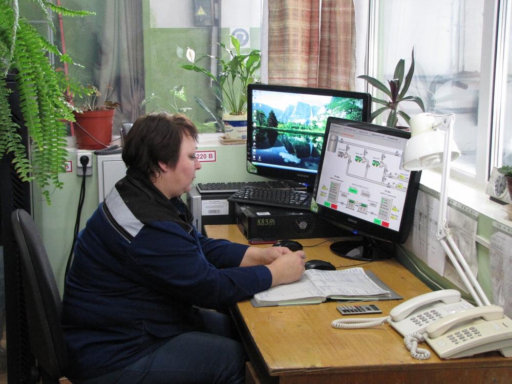 Заявки на устранение утечек принимаются круглосуточно по телефону Центральной диспетчерской службы КрасКом - 211-39-63.