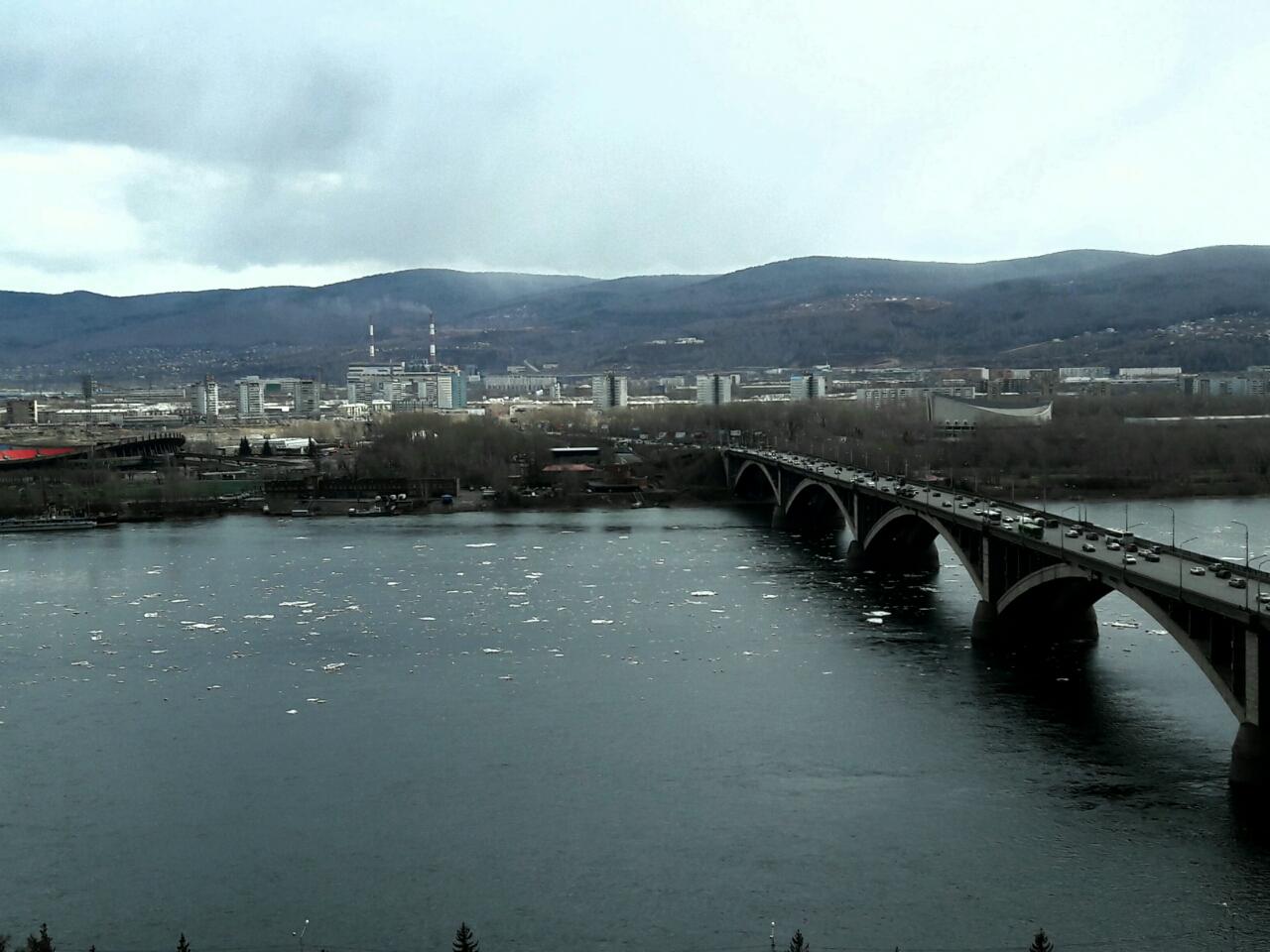 Поскольку «Гремячий» расположен на противоположном берегу от р. Мана ледоход этого притока Енисея абсолютно безопасен для исходной воды.