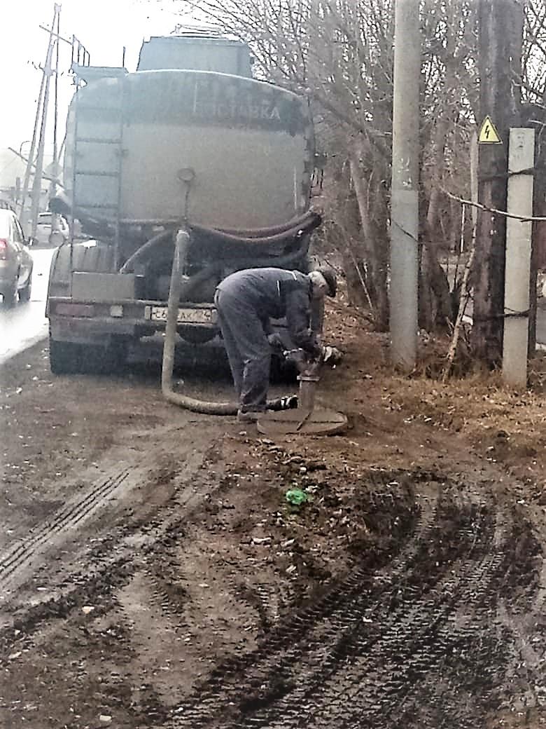 Сотрудники службы экономической безопасности компании «КрасКом» зафиксировали на этой неделе несколько фактов хищения частными водовозами холодной воды из городской системы питьевого водоснабжения и пожаротушения.