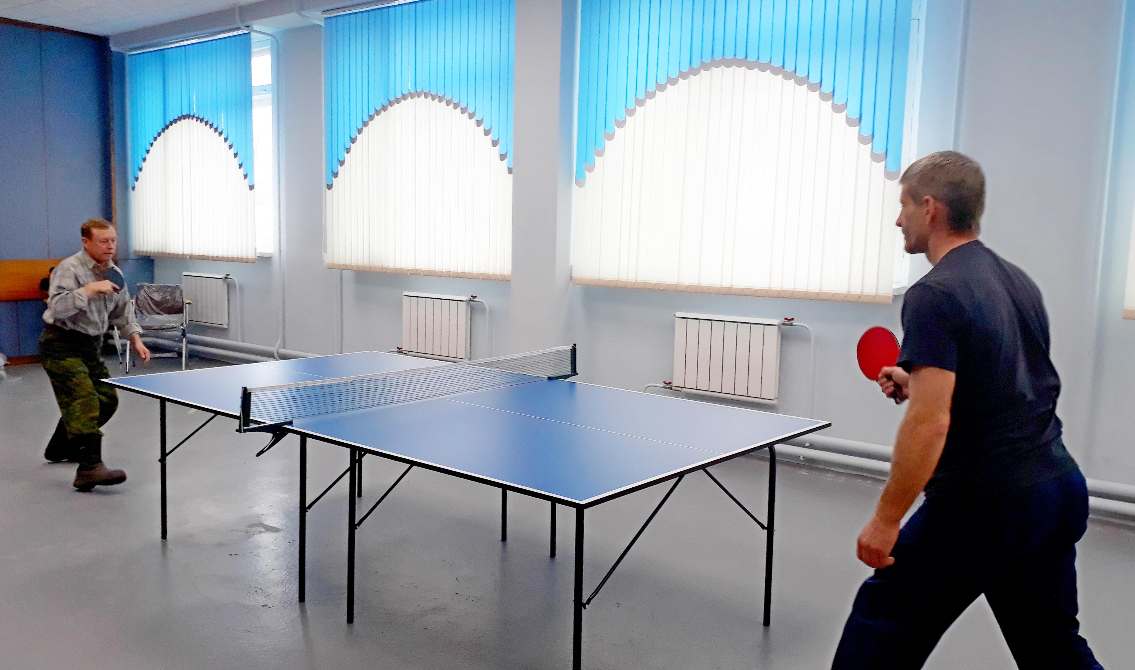 Профсоюз работников компании «КрасКом» по просьбе трудового коллектива  приобрел для ЛОСа теннисный стол.