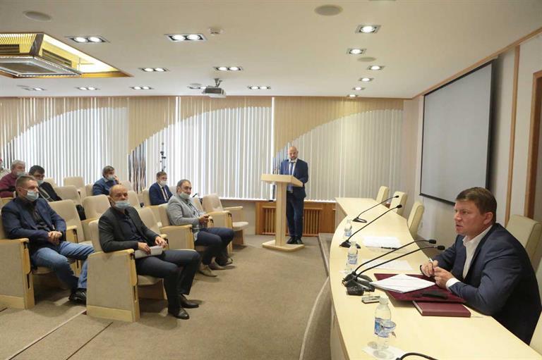 Готовность Красноярска к сибирским морозам сегодня обсудили на оперативном штабе в мэрии.